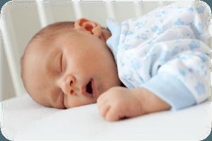 У спящего грудничка заложен нос