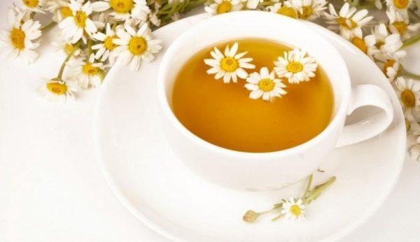В качестве питья может быть использован ромашковый чай