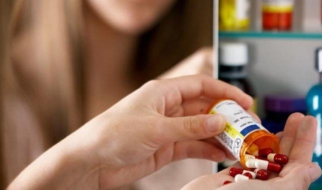 Для лечения язвы назначается прием медикаментов