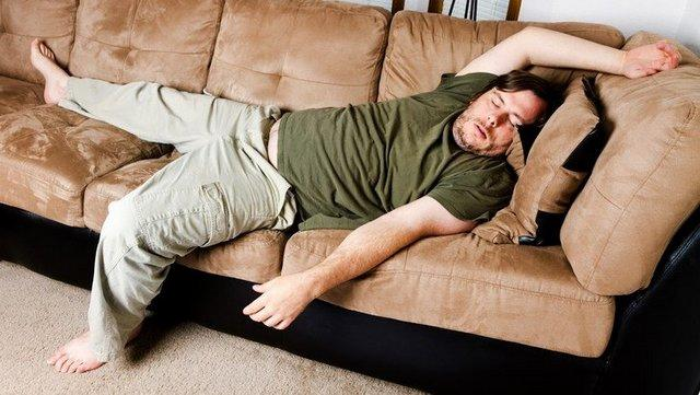 Атония кишечника часто развивается у людей, ведущих малоподвижный образ жизни