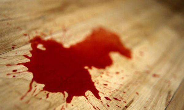 Если кровь яркого цвета, кровотечение не отличается продолжительностью и говорит о том, что повреждены небольшие сосуды