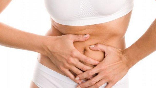 Неприятный запах изо рта может возникнуть из-за заболеваний желудочно-кишечного тракта