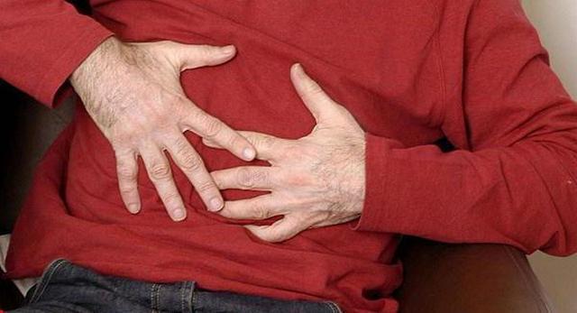 Гастрит не всегда получается обнаружить сразу, поскольку его симптомы не слишком явные