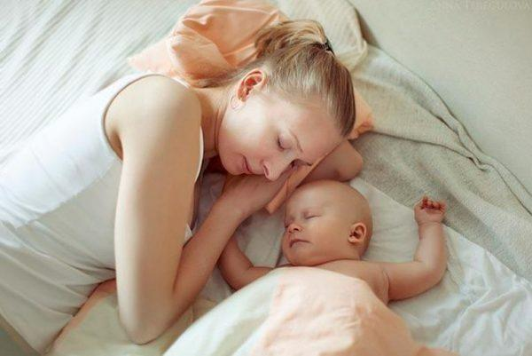 Женщина, недавно родившая ребёнка, должна беречь себя максимальным образом