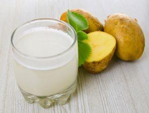 Благодаря картофельному соку можно избавиться от дискомфорта в желудке