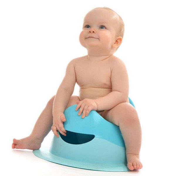 Частота испражнений малыша очень важна