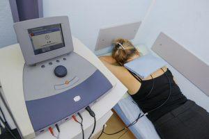 В некоторых случаях применяется электрофорезВ некоторых случаях применяется электрофорез