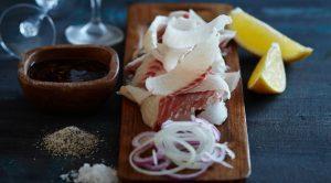 Термически необработанное мясо или рыба увеличивают риск заражения