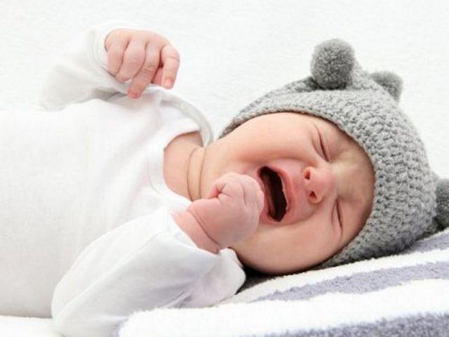 Причиной болей в правом боку у детей может быть заражение глистами