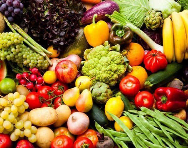 Фрукты и овощи содержат необходимые организму витамины и микроэлементы