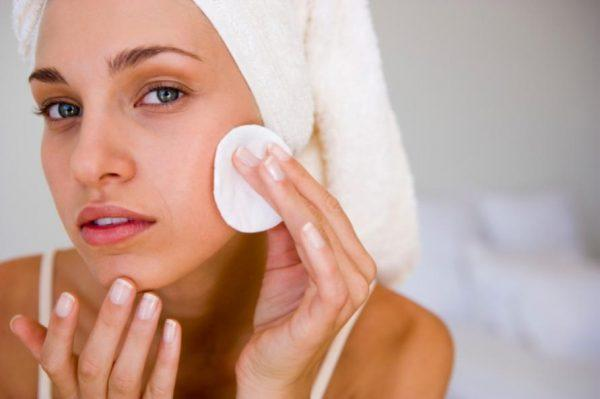 Протирать кожу нужно тщательно