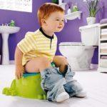 У ребенка понос с кровью: причины и первая помощь