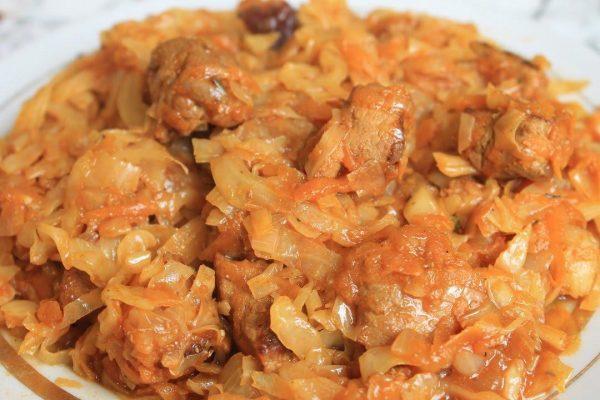Бигус (капуста,тушеная с мясом)