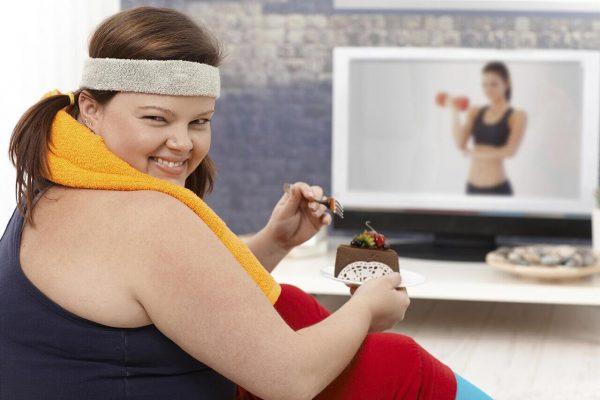 Если не удается избавиться от лишнего веса, стоит посетить нефролога