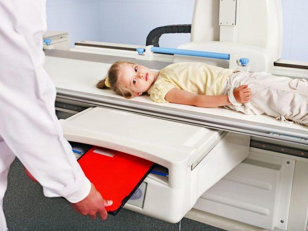 Процесс диагностики детских органов ЖКТ практически не отличается от её проведения у взрослых