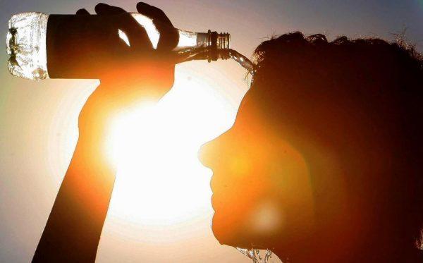Избегайте перегрева и тепловых ударов