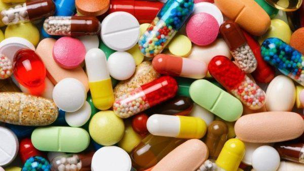 Перед использованием любого лекарства следует ознакомиться с противопоказаниями и возможными побочными эффектами, возможно, ваш лечащий врач сможет подобрать что-то наиболее безопасное