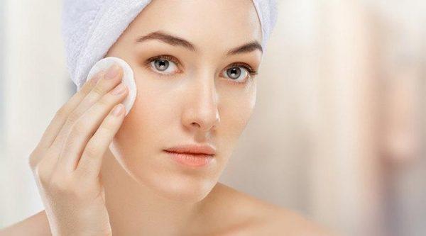 Поддерживать чистоту кожи стоит и для профилактики высыпаний