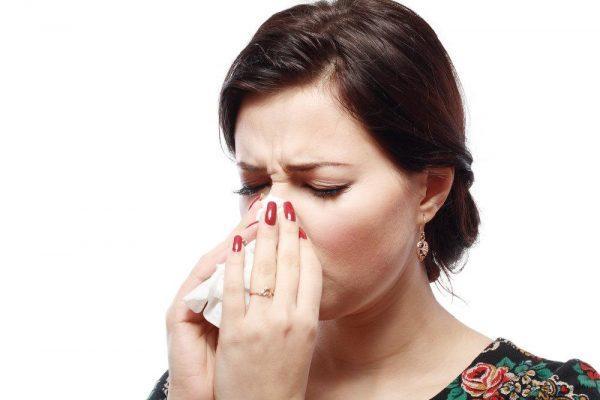 Причиной запуска процесса часто служат заболевания носа