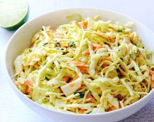 Салат из моркови и капусты с лимонным соком