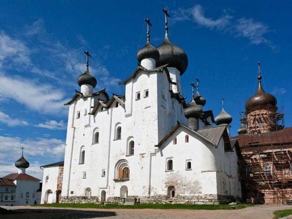 Спасо-Преображенский Соловецкий мужской монастырь