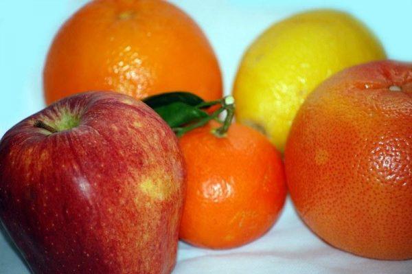 Яблоко и цитрус - богатый витаминами полдник