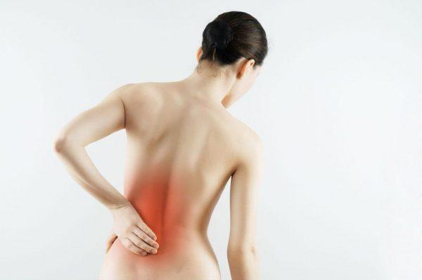 При сильных болях, вызванных ущемлением нервных окончаний грыжевым выпячиванием, препарат применяют с осторожностью